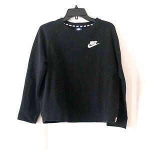 Women's Nike Black Crewneck Sweater size L